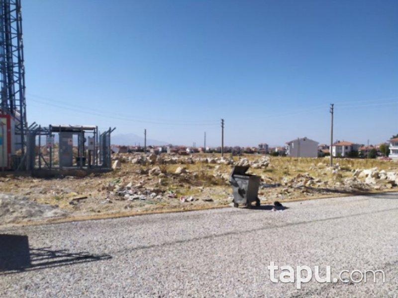 Karaman Merkez Kırbağı Mahallesi'nde 242 m2 Konut İmarlı Arsa