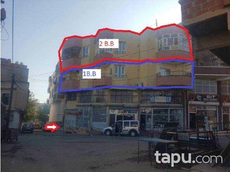 Şanlıurfa Siverek Şair İbrahim Rafet Mahallesi'nde İskanlı 131m2 Daire