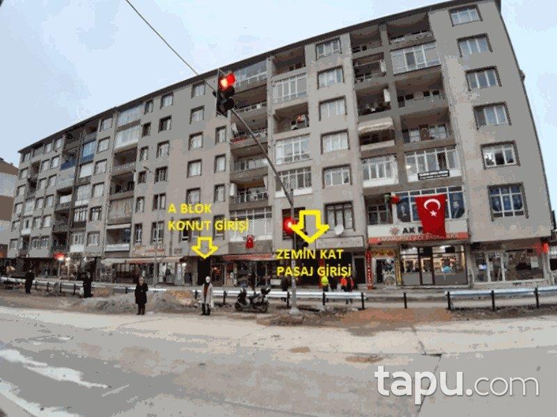 Kocaeli Karamürsel 4 Temmuz Mahallesi'nde 16 m2 Dükkan