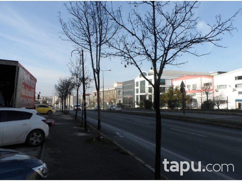 İstanbul Beylikdüzü Kavaklı Konakları'nda 65 m2 Dükkan