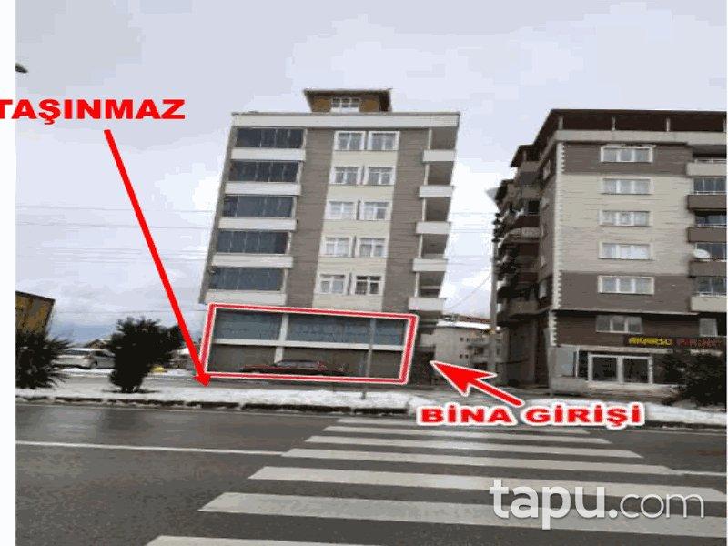 Samsun Terme Cumhuriyet Mahallesi'nde Cadde Cepheli 139 m2 Asma Katlı Dükkan
