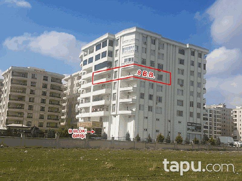 Şanlıurfa Haliliye Karşıyaka Mahallesi'nde 2+1 218 m2 İskanlı Daire