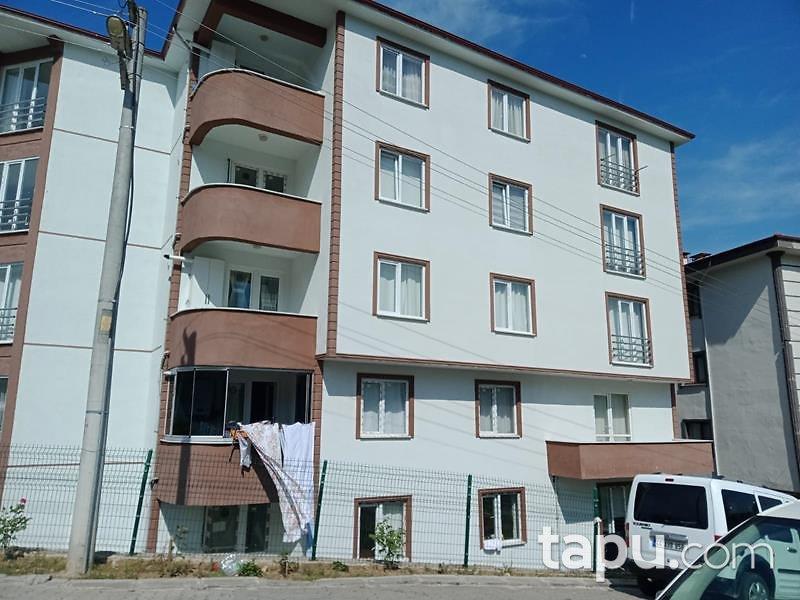 Düzce Gümüşova Kültür Mahallesi'nde 3+1 123 m2 Daire