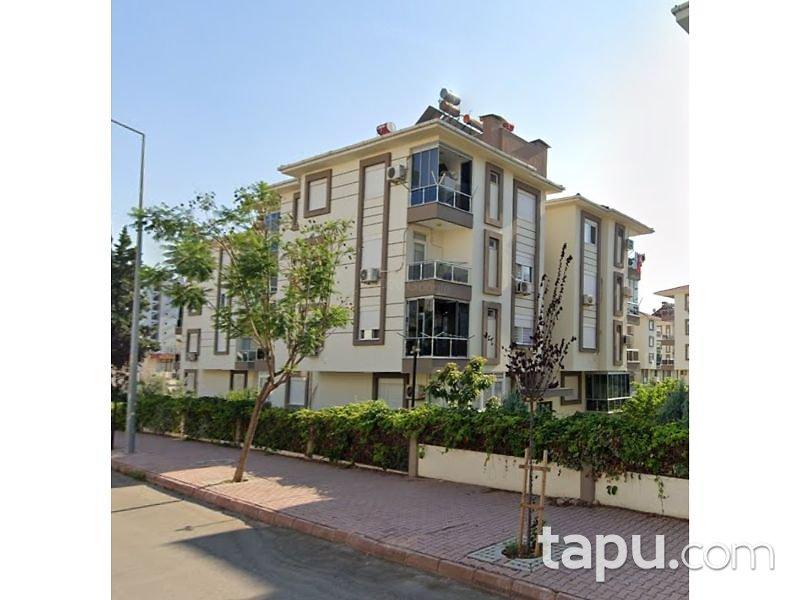 Antalya Konyaaltı Mollayusuf Mahallesi'nde 4+1 124 m2 Ters Dubleks Daire
