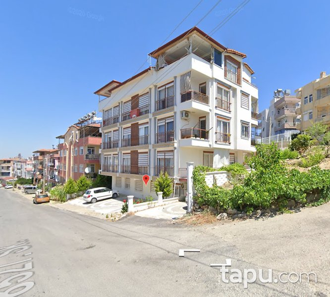 Antalya Manavgat Kasaplar Mahallesi'nde 2+1 82 m2 Daire