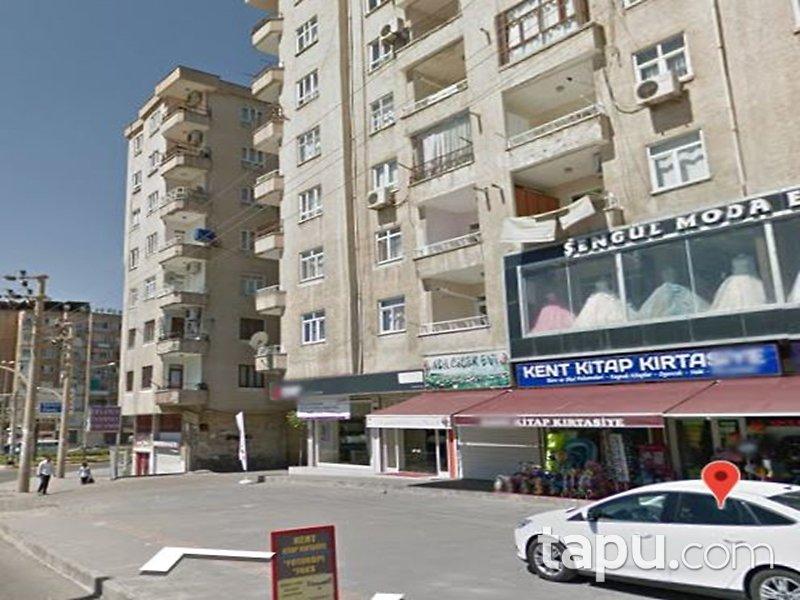 Diyarbakır Bağlar Turgut Özal Sitesi'nde 3+1 144 m2 Daire