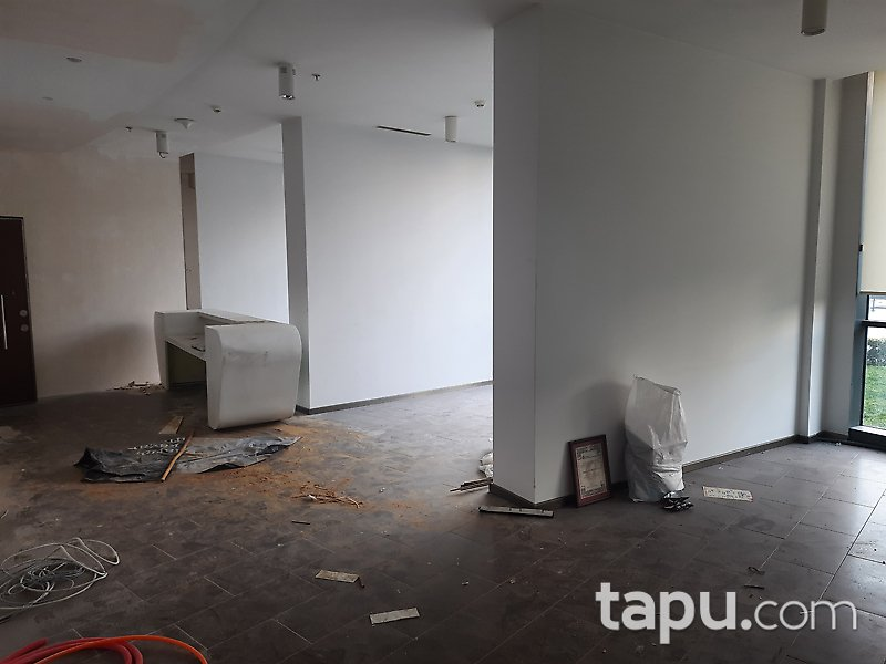 İstanbul Ataşehir Dumankaya İkon 'da 6+1 Ofis