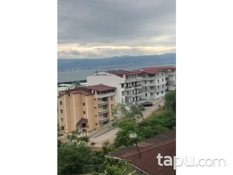 Kocaeli İzmit Serdar Mahallesi'nde 3+1 86 m2 Daire