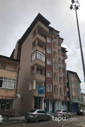 Ağrı Merkez Cumhuriyet Mahallesi'nde 3+1 150 m2 Daire