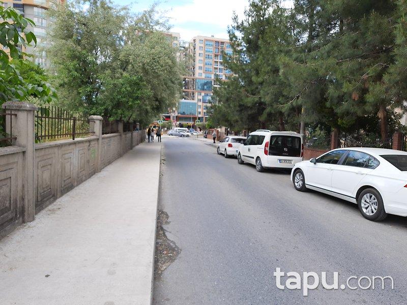 İstanbul Esenyurt Mevlana Mahallesi'nde 3+1 120 m2 Daire
