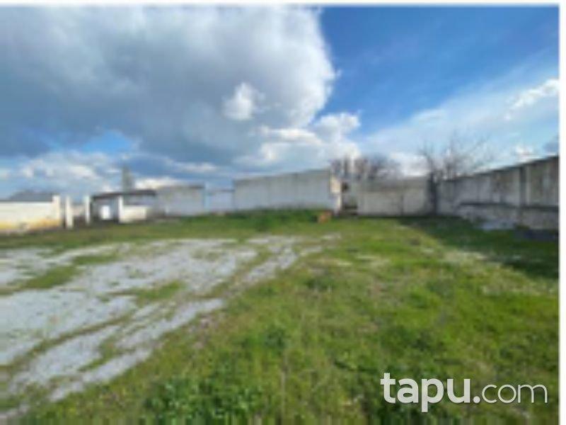 İzmir Bayındır Sadıkpaşa Mahallesi'nde Fabrika ve Arsası