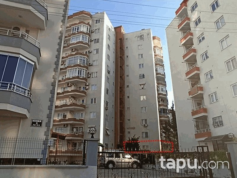 Mersin Yenişehir Akdeniz Sitesi'nde 3+1 150 m2 İskanlı Daire