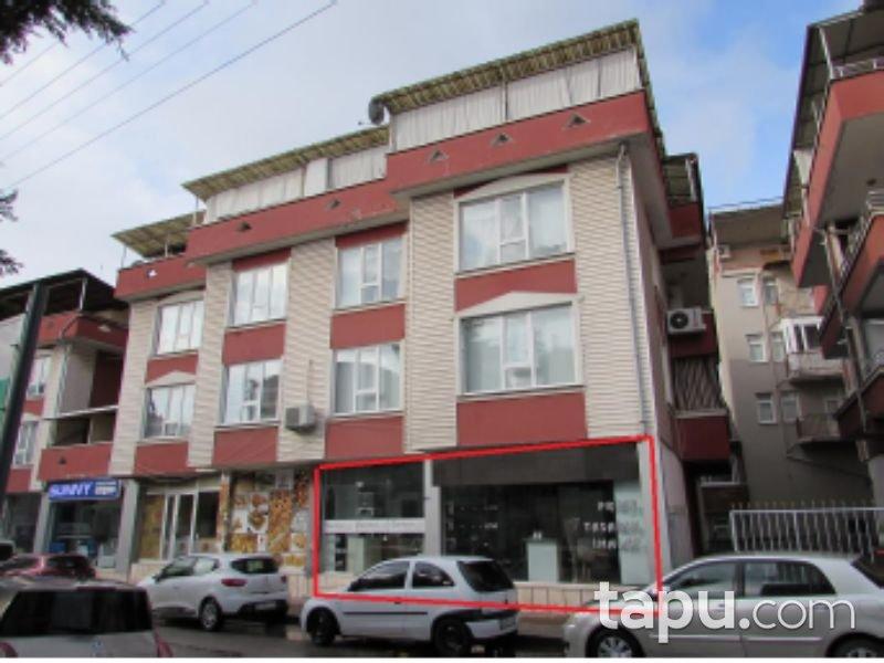 Kocaeli İzmit Kadıköy Mahallesi'nde 230 m2 Depolu Dükkan