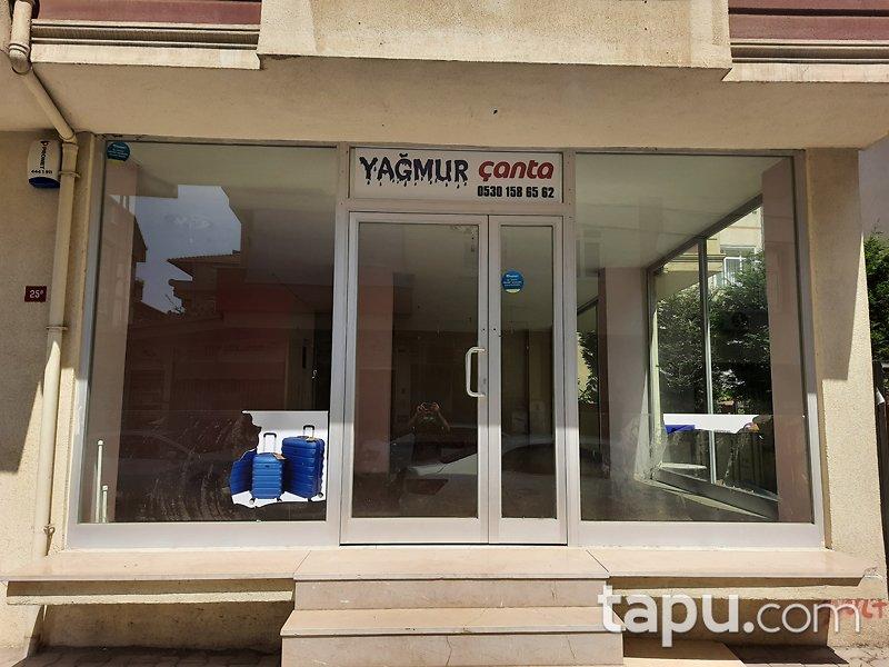 İstanbul Tuzla Aydıntepe Mahallesi'nde 83 m2 Depolu Dükkan