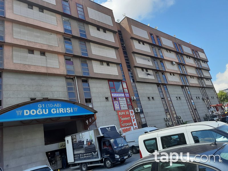İstanbul Esenler Tekstilkent Sitesi'nde 150 m2 Dükkan