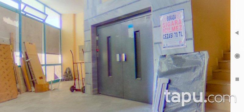Kartal Yakacık'ta Ticari Kullanıma Uygun Komple Bina