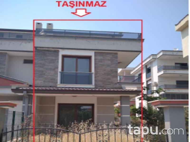 İzmir Menderes Orta Mahallesi'nde 3+1 Villa