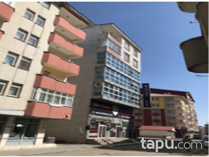 Ağrı Merkez Hürriyet Mahallesi'nde 3+1 140 m2 Daire