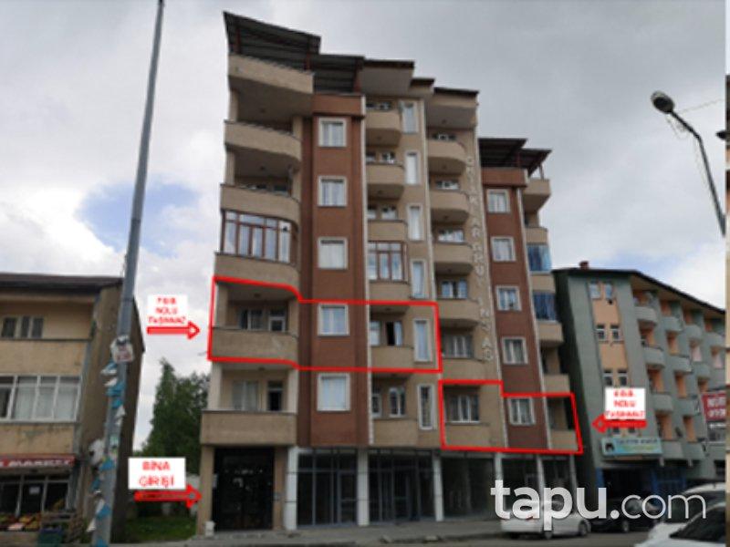 Ağrı Merkez Cumhuriyet Mahallesi'nde 3+1 142 m2 Daire
