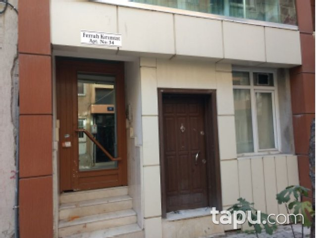 İzmir Karşıyaka Tersane Mahallesi'nde 21 m2 Daire