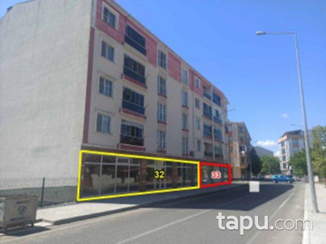 Tekirdağ Muratlı Naim Sav Caddesi'ne Cepheli 338 m2 Depolu Dükkan