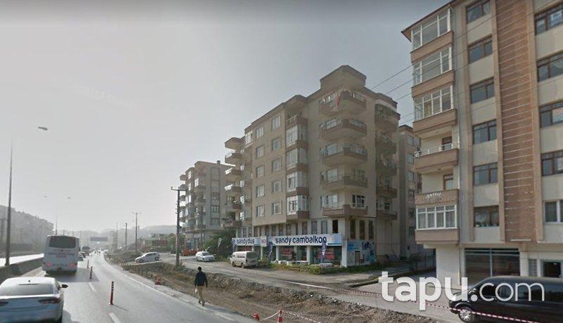Kocaeli Gölcük Atatürk Mahallesinde 150 m2 Dükkan