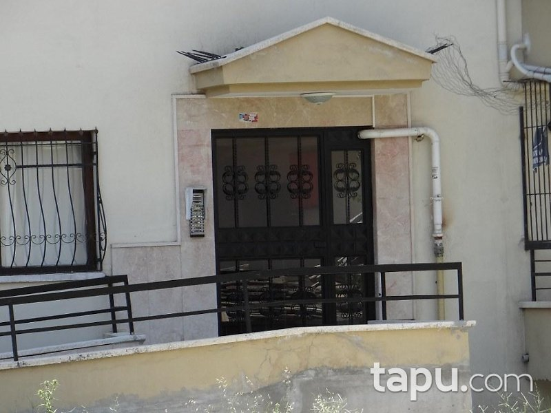 Ankara Mamak Türközü Mahallesi'nde İskanlı Ters Dubleks 75 m2 Daire