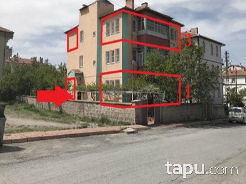 Kayseri Kocasinan Erkilet General Emir Mahallesi'nde 4+1 185 m2 Daire