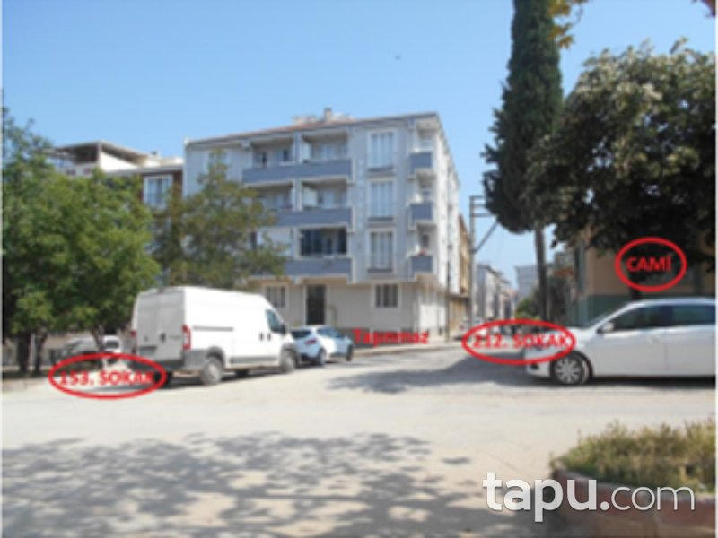 Bursa Karacabey Gazi Mahallesi'nde 90 m2 Depo