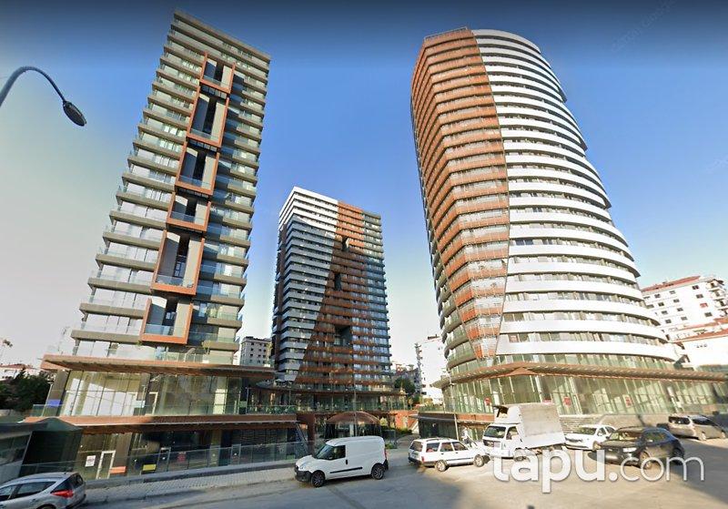 Kadıköy Pırlanta Göztepe Sitesi'nde Yatırıma Uygun 2 Adet Dükkan