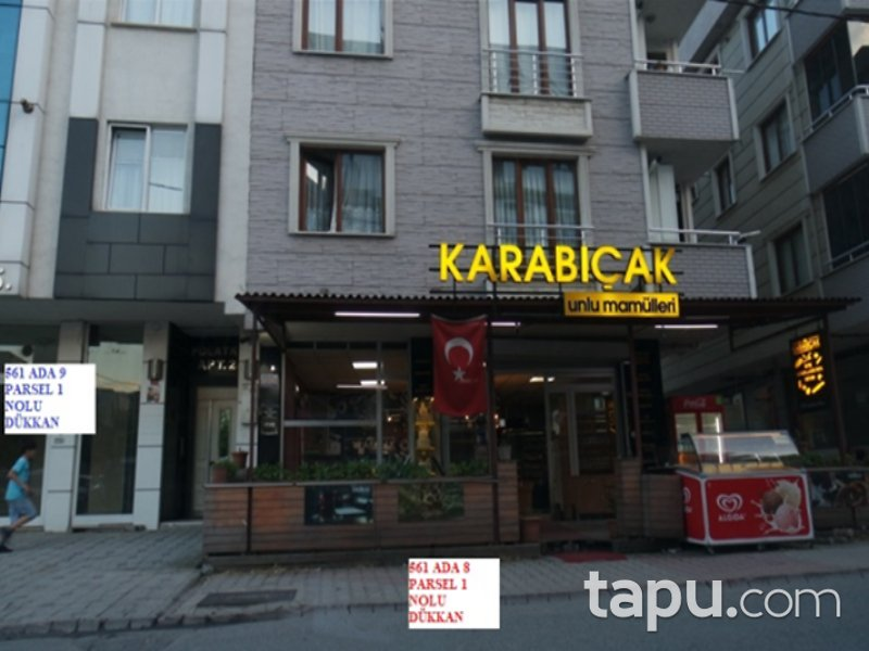 İstanbul Sancaktepe Kemal Türkler Mahallesi'nde 157 m2 Depolu Dükkan