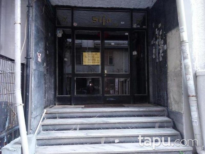 İstanbul Fatih Haseki Sultan Mahallesinde 3/4 Hisseli 1+1 Daire