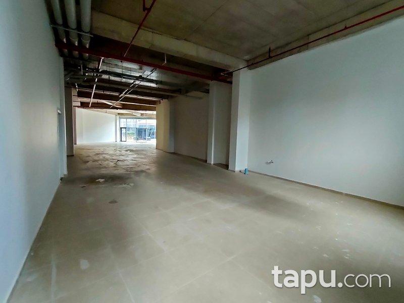 Kadıköy Pırlanta Göztepe Sitesi'nde 293 m2 Dükkan