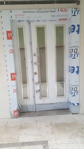 Ümraniye Yamanevler'de Merkezi Konumda Yüksek Kira Getirili 2+1 Sıfır Daire