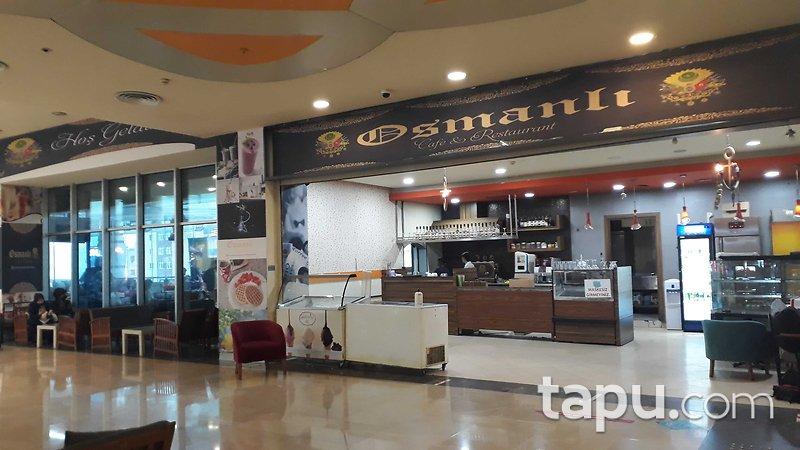Başakşehir Olimpa AVM Yemek Katında Kiracılı Köşe Dükkan
