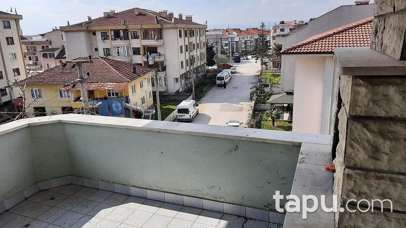 Düzce Merkez Uzun Mustafa Mahallesinde 3+1 145 m2 Daire